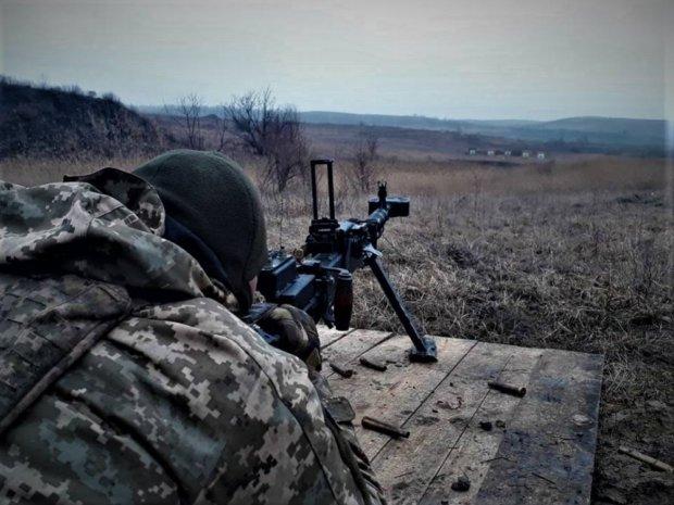 Українські герої блискавично знищили ударний безпілотник бойовиків: фото