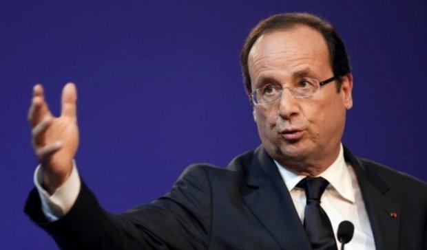 Олланд пропонує створити окремий уряд та парламент для єврозони