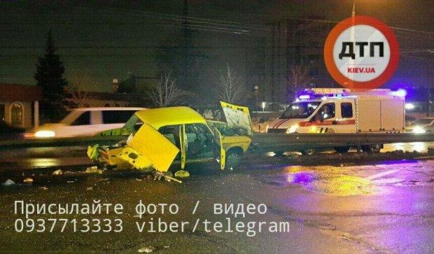 Смертельное ДТП в Киеве: гонщик вылетел из авто вместе с сиденьем