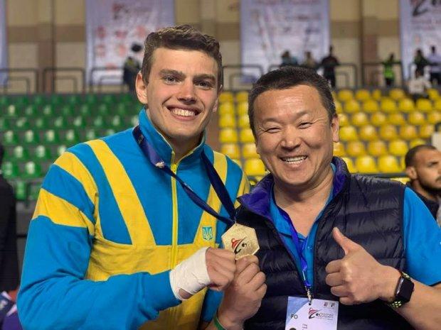 Владислав Бондарь завоевал золото в весовой категории до 87 килограмм
