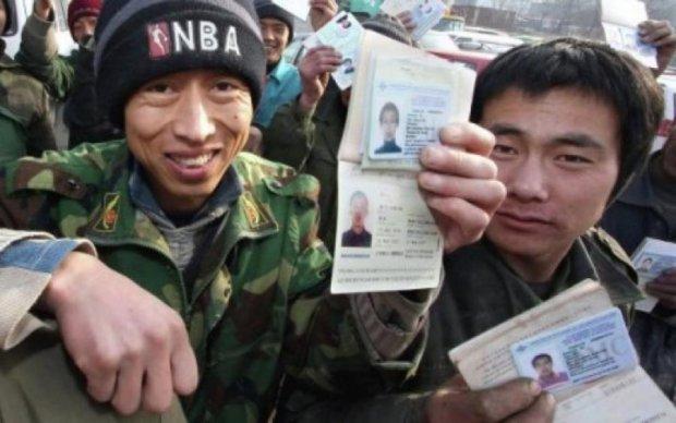 """""""Мигрант"""" из Китая покусал японца"""