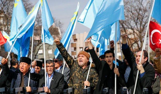 Путин нагло переписывает учебники по истории: крымские татары - предатели