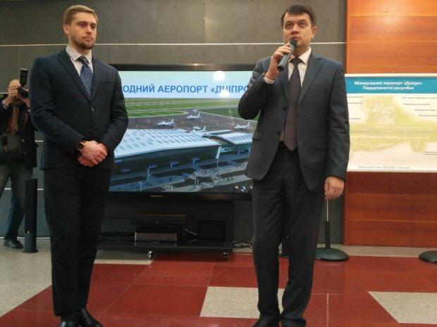 Аеропорту в Дніпрі бути: Разумков розповів, коли приземлиться перший літак