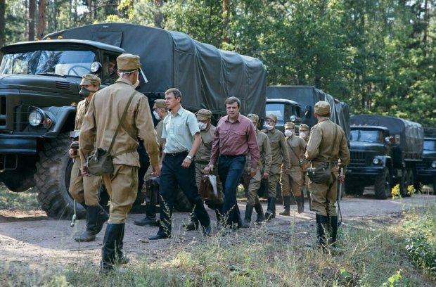 """Російську відповідь """"Чорнобилю"""" від HBO нещадно висміяли у мережі: """"Бюджет три пачки сухариків та пиво для оператора"""""""