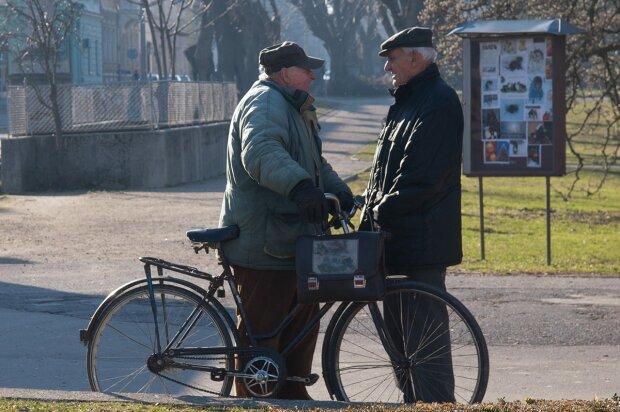На старості без грошей не залишимося - українцям пояснили, як отримати пенсію без стажу