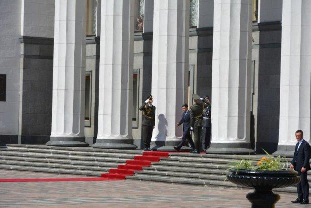 Роспуск Верховной Рады: указ Зеленского обжаловали в суде