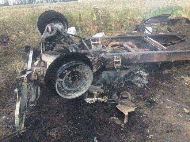 """Від кадрів знищеної на Донбасі машини медиків кидає у жар: """"Ірина наполовину обгоріла... Пекло!"""""""