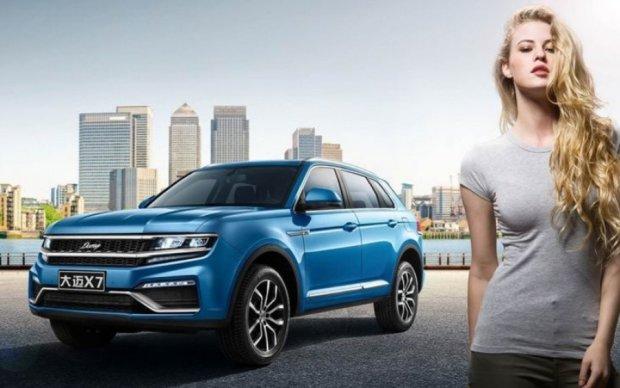 """Китайцы """"слизали"""" дизайн новейшего Volkswagen Touareg"""
