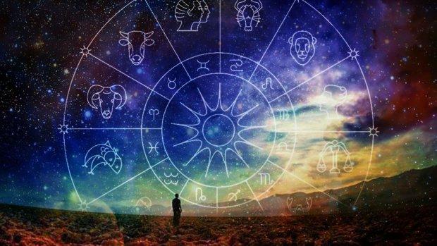 Гороскоп на 16 апреля для всех знаков Зодиака: Стрельцы станут знаменитостью, у Раков изменится жизнь
