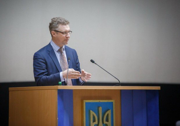 Дмитро Олексієнко