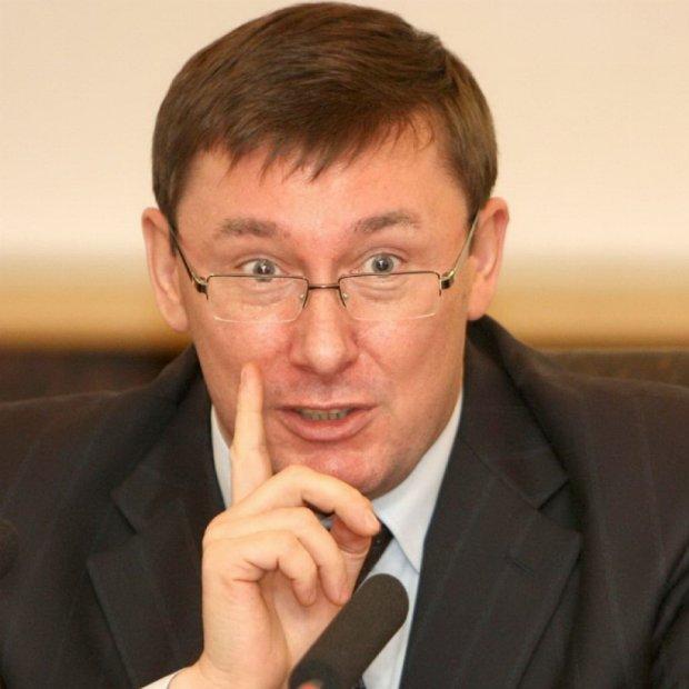 Луценко розповів, коли поновиться війна на Донбасі