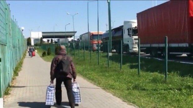 Львівські прикордонники впіймали двох індійців-нелегалів: до кращого життя в ЄС через Україну