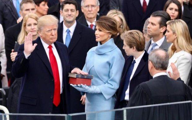 Чем-то запахло? Мелания Трамп удивила выражением лица после встречи с Путиным