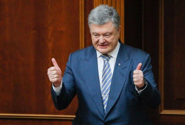 Порошенко веде розкішний спосіб життя, незважаючи на підозри у співпраці з кумом Путіна, - експерт