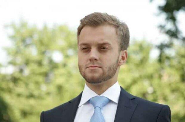 Экс-депутат Порошенко Константин Усов напал на адвоката и угрожал ему на собрании ОСМД