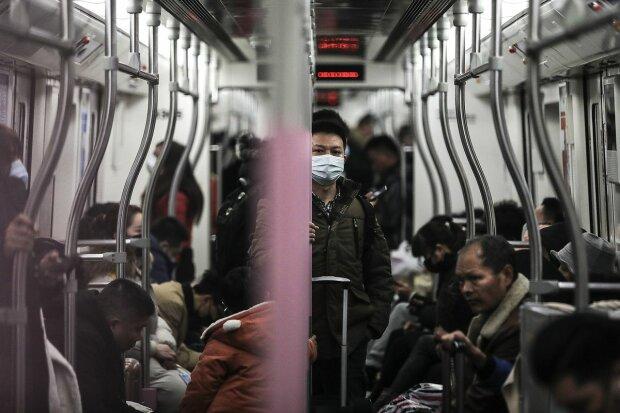 В поезде Киев-Москва обнаружили больную китаянку: 13 украинцев могут стать инкубаторами коронавируса