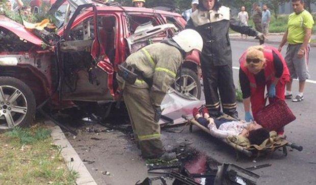 """В """"ДНР"""" взорвался заминированный автомобиль с женщиной за рулем (фото)"""