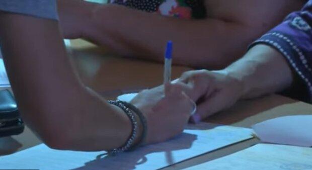 Голосування на виборах, фото: кадр з відео