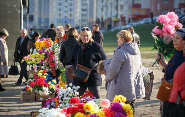 Українців почнуть штрафувати за покупку квітів: розщедритися доведеться не слабо