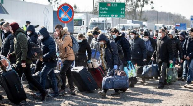 Заробітчани, фото Reuters