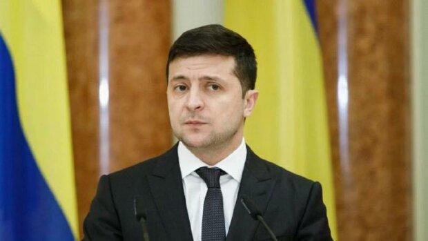Господин едет: кортеж Зеленского привел украинцев в бешенство, видео