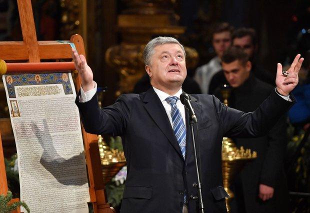 Бог не спасет. Во время крестного хода УПЦ Порошенко охраняли лучше, чем президента