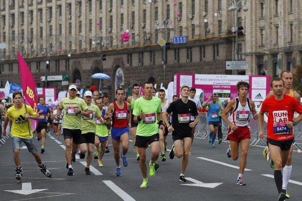В Киеве ограничат движение из-за Wizz Air Kyiv City Marathon: как объехать