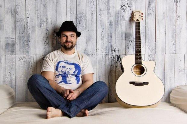 Украинскому музыканту Диле срочно нужна помощь