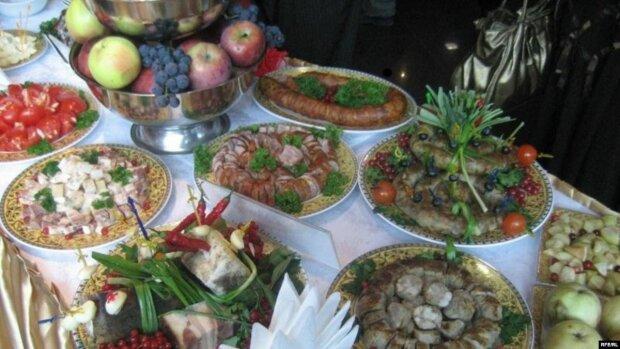 Перепічка, сало і запашний борщ: Київ потрапив до рейтингу найкращих гастростолиць світу