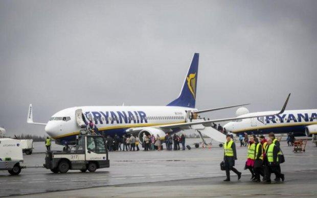 """Ryanair придумала, як іще """"подоїти"""" українців"""