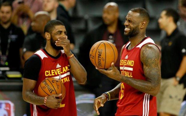 Баскетболісти забули про правила гри в новому випуску курйозів НБА