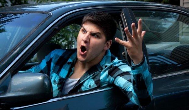 Агресивні водії частіше скоюють ДТП