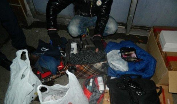 В столице поймали автомобильных воров: на счету 59 краж (фото)