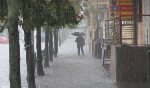 На півдні країни пройдуть зливи та шквали – ДСНС