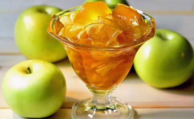 Медове варення з яблук: цей рецепт будуть просити усі гості