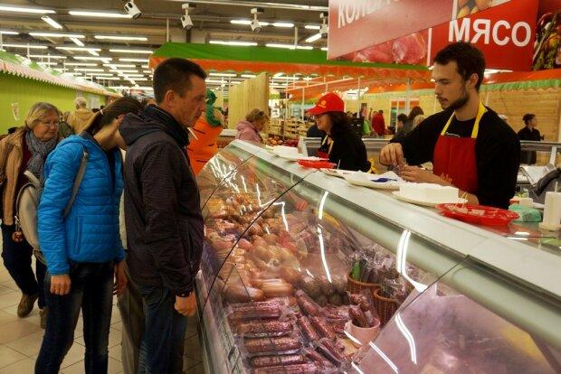 Цены на мясо заставят украинцев изменить рацион: под прицелом молочка