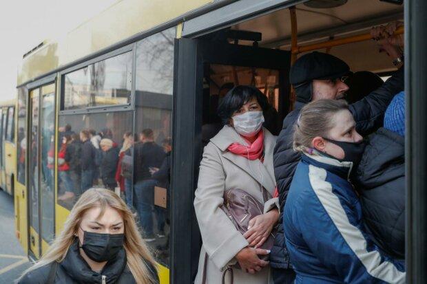 Главные новости за 25 июня - учебный год продлили, выплаты задержали, а потоп разрушает Украину