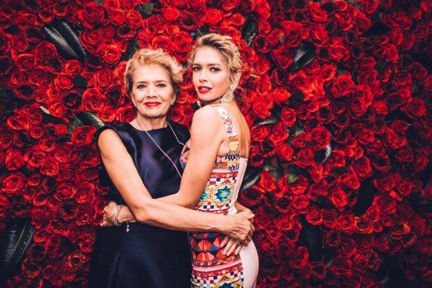 67-річна мати Віри Брежнєвої похвалилася підтягнутою фігурою в купальнику: неначе сестри