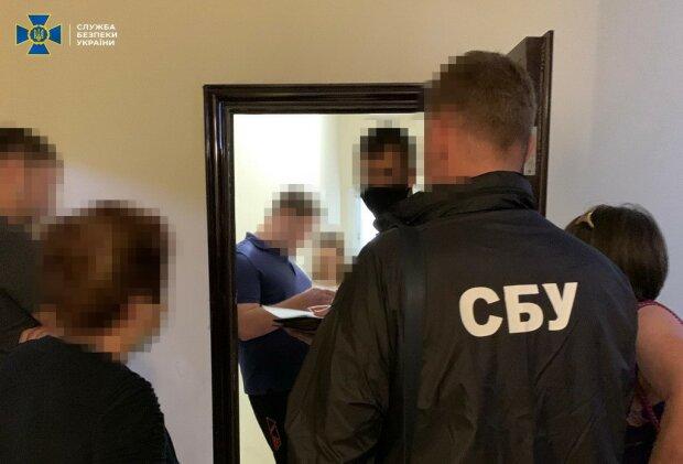 В Киеве чиновник Кличко утопил 800 тысяч в ручье
