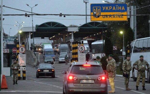 На границе, фото Униан