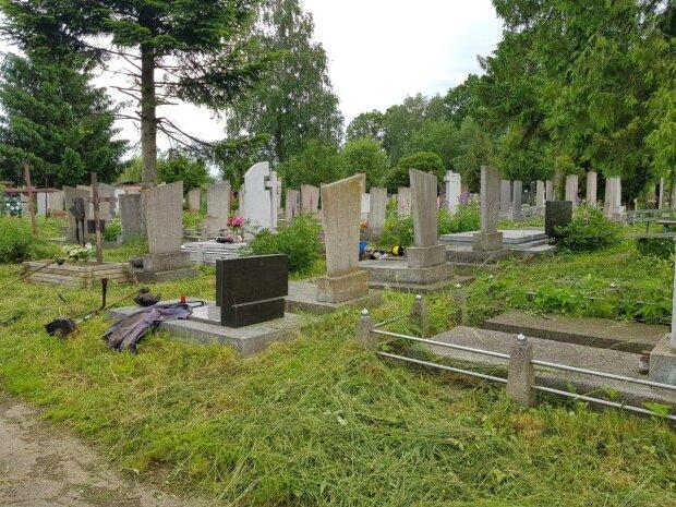 Чукаловское кладбище, фото иллюстративное: Facebook КП Городская ритуальная служба