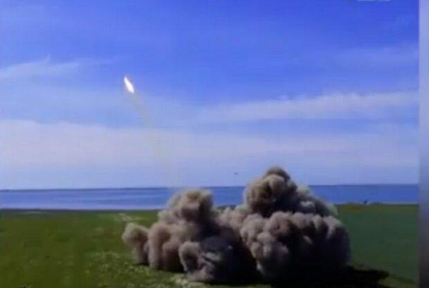 Путін готує удар по Україні з анексованого Криму - глава ВМС стривожив прогнозом