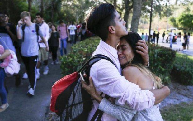 В школе подростки решали конфликт оружием: есть жертвы