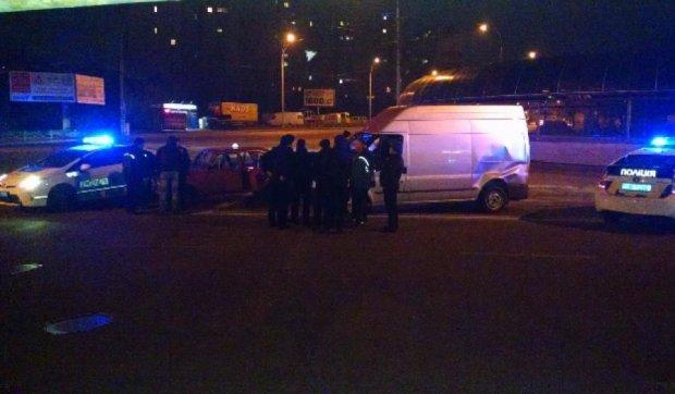 Две машины копов попали в аварию в Киеве (фото)