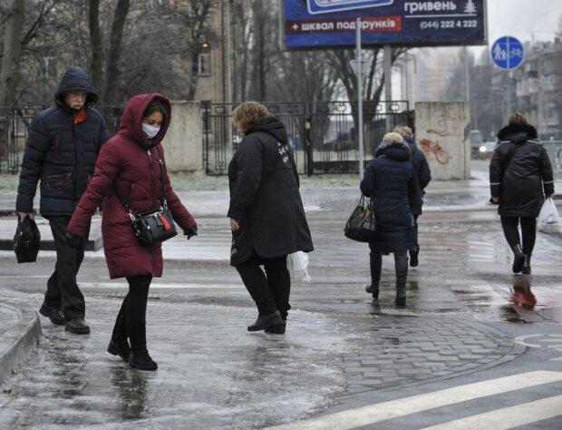 Главные новости за 15 декабря: Украина получила госбюджет, а украинцы — новые ограничения