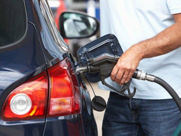 """Водителей ждет """"голодный год"""": цены на бензин взлетят до небес, сколько придется оставить на АЗС"""
