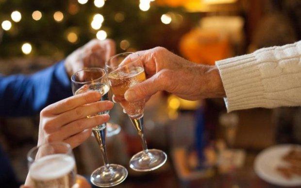 Загадати бажання в новорічну ніч: як правильно це зробити