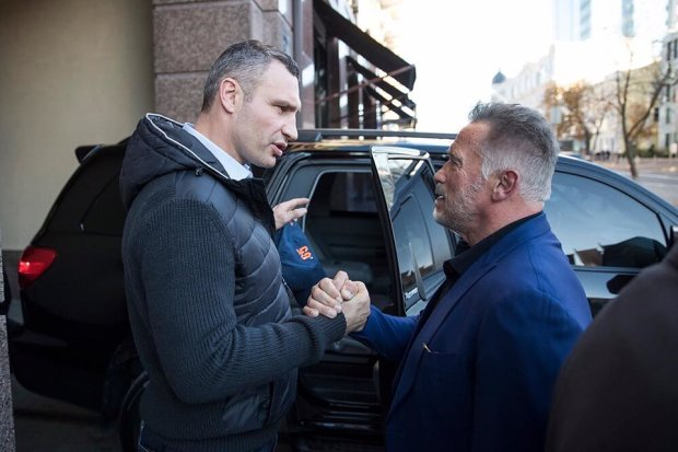 Услід за Порошенком Україну покинув і Кличко: куди подівався мер Києва