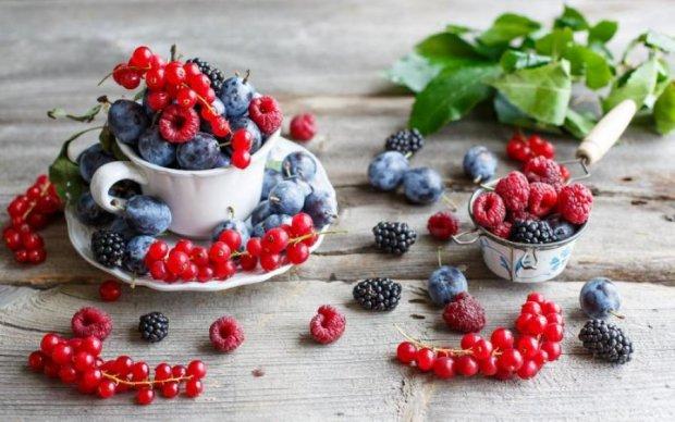 Первые витамины: почему с ягодами нужно быть аккуратнее