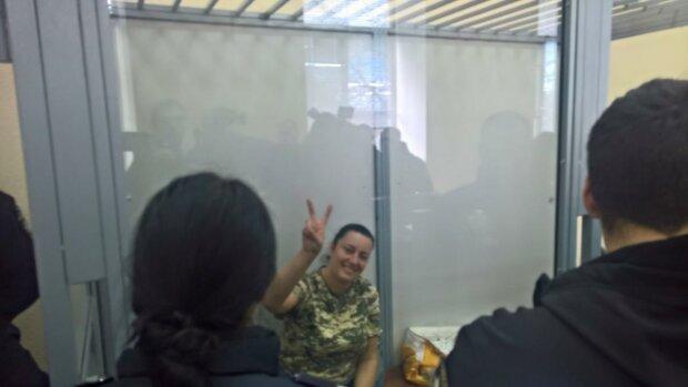 """Замах на вбивство: у Києві заарештували відому атошницю з позивним """"Пума"""""""